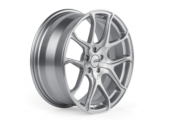 APR S01 Forged Aluminum Wheel - ET45, 19X8.5 (Machined Silver)